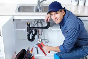 Plumber Manchester sets competitive prices